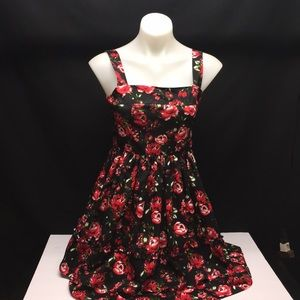 $189 New Romeo & Juliet Couture Dress